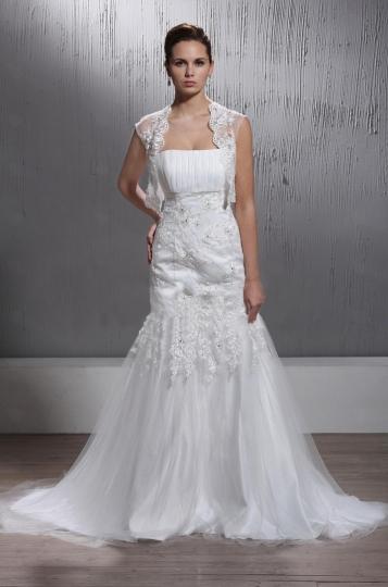 Vestidos de novia strapless con encaje