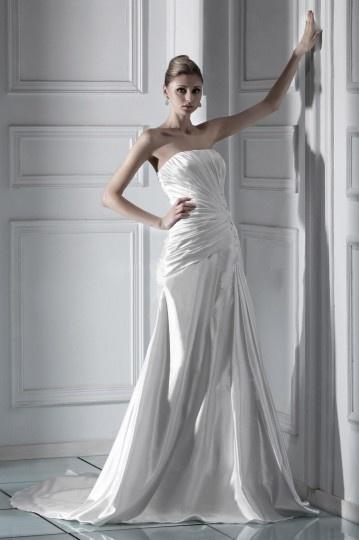 A line Strapless Floor length Chapel Ruffles Wedding Dress