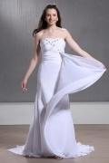 Fashion Sheath/Column Strapless Chapel Train Pleats Wedding Dress