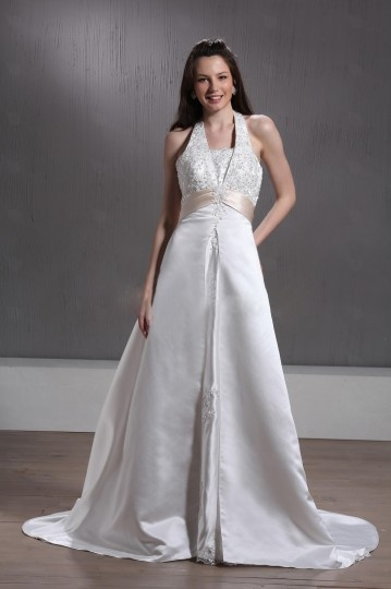 A Line / Princess Halter Floor length Chapel Appliques Wedding Dress