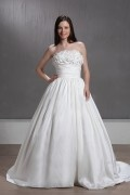 Ball Gown Strapless Flower Hall Wedding Gown