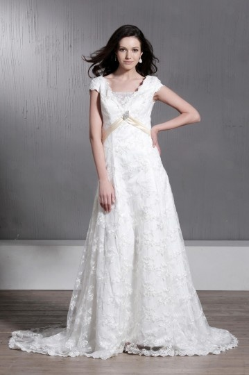 Floor length Short Sleeves Lace A line / Princess Wedding Dress