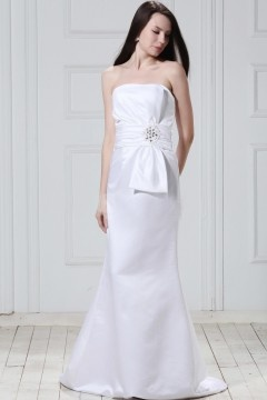 Robe de mariée simple sans bretelle sans manche à traîne Court Fourreau