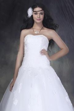 Robe de mariée princesse sans bretelle à traîne Court avec appliques