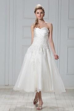 Sweetheart A line Pleats Appliques Tea Length Wedding Dress