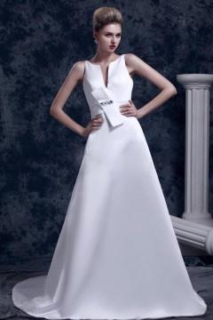 Robe moderne pour mariage en satin col en V plongeant