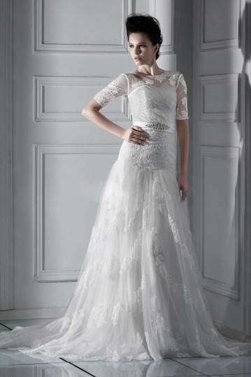 A line Bateau Half Sleeve Floor length Chapel Applique Wedding Dress