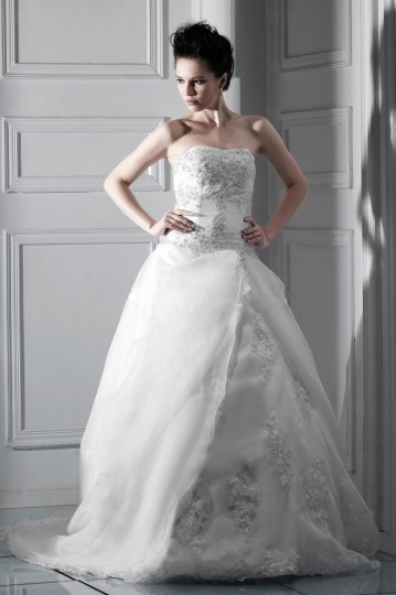 Ball Gown Strapless Embroidery Chapel Train Organza Wedding Dress