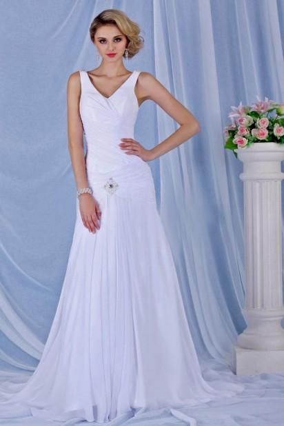 Vestido de noiva simple em sereia decote em V sem manga cauda capela pregueado