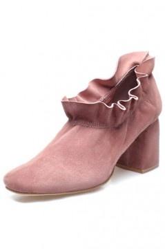 Tendance low boots suède rose volants