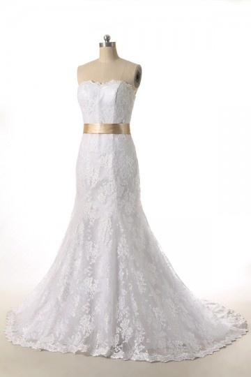 A line Sweetheart Bow Lace Court Train Wedding Dress