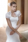 Vestido de noiva em renda bordado elegante sereia decote em coração Sem alça