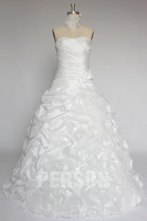 Ivory Hand -Made Blume Drapiert Falten Carmen-Ausschnitt Brautkleid aus Taft