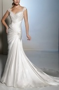 Elegant Sweetheart Beaded Court Train Ivory Wedding Dress