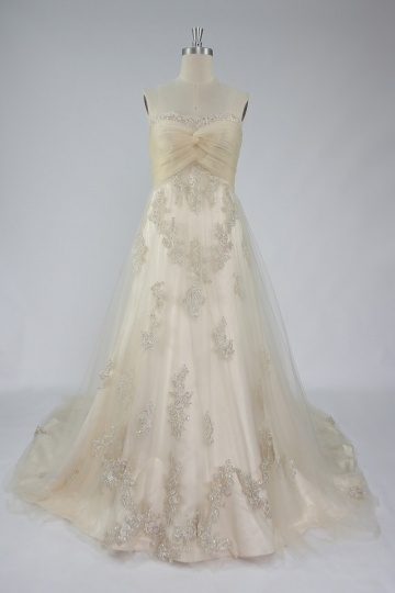 Elegantes A-Linie Herz-Ausschnitt Brautkleider aus Tüll mit Knopfe Persun