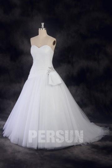 Schlichtes A-Linie Herz-Ausschnitt Ivory Brautkleider aus Tüll Persun