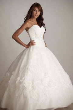 Bury Tulle Sweetheart Applique Ball Gown Wedding Dress