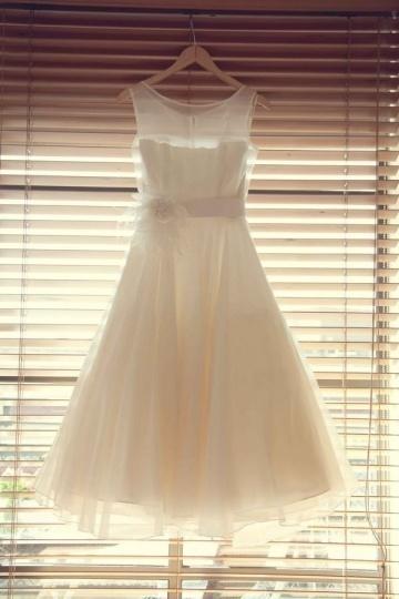 Elegantes Knielanges A-Linie Rund-Ausschnitt Hochzeitskleid Persun