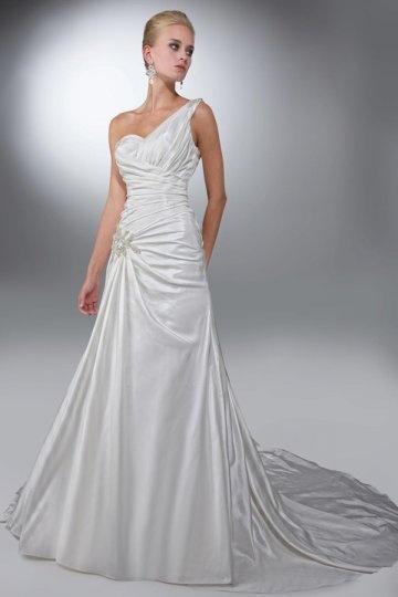 A line Applique Ruching One Shoulder Satin Wedding Dress