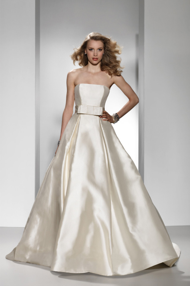 Robe de mariée simple 2015 en satin chic