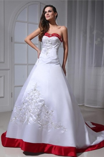 Satin Embroidery Court Plus Size Bridal Gown Wedding Dress