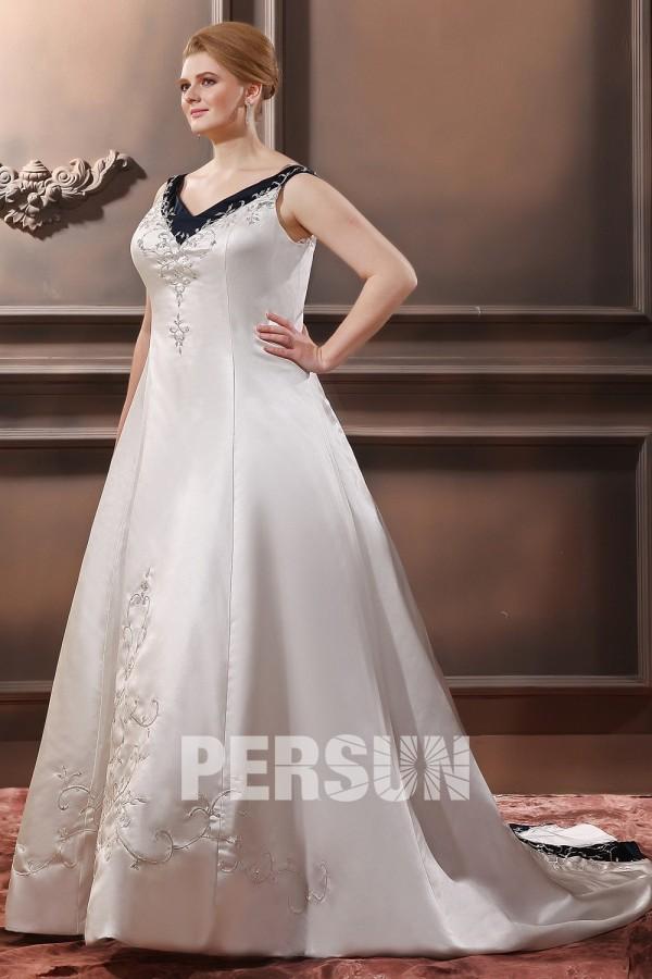 V ausschnitt stickerei schn rung 2013 brautkleid mit hof for Robes de taille plus pas cher pour les mariages