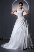 Vestido de noiva princesa em tafetá linha A decote em coração com alça