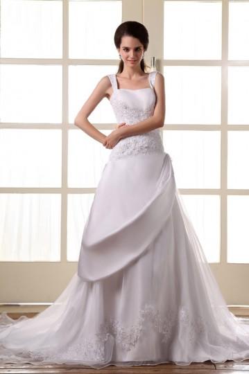 Vestido de noiva longo decote quadrado com alça decorado de apliques
