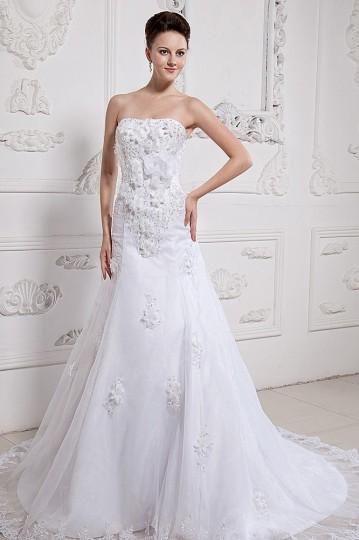 Vestido de noiva bustiê Trompete em organza decorado de flor feita à mão