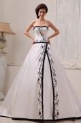 Satin Embroidery Sweetheart Court A line Bridal Gown Wedding Dresses