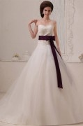 Tulle Sleeveless Applique Beading Sweetheart Chapel Train A line Wedding Dresses