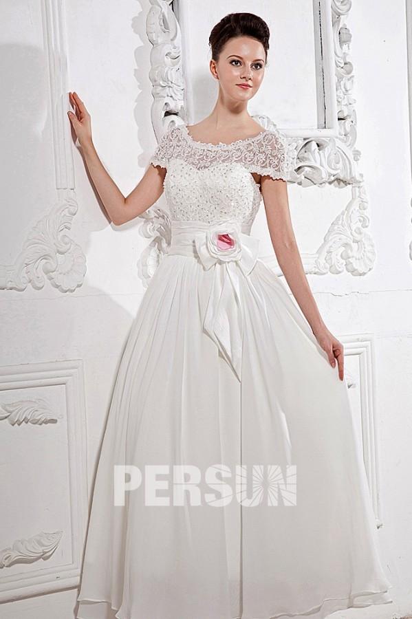 Brautkleid für apfelförmige Figur/Silhouette