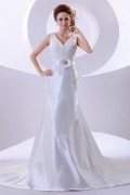 Satin Handmade Flower Lace A line Wedding Dress