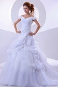 Carmen Ausschnitt A Linie Applikation Blumen Knopfe gefaltetes Brautkleid aus Oragnza
