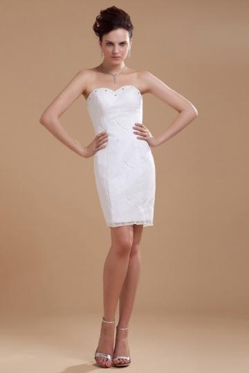 1b9d2893d1 Vestido de noiva curto tomara que caia decote em coração em renda.  previous. Product Image ...