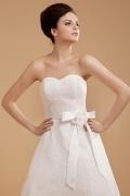 Elegantes Herz Ausschnitt Schleife Blume wadenlanges Brautkleid