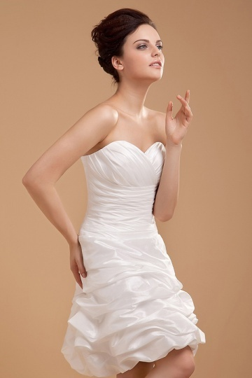 Kurzes Herz Ausschnitt gefaltetes Knopfe Brautkleid aus Taft Persunshop