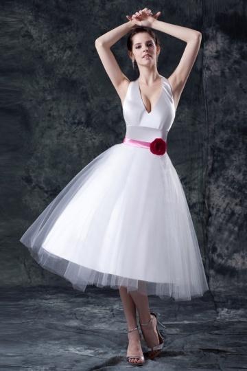Vestido de noiva sensual decote meio inchada saia