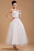 A-Linie Perlen Blume Applikation knöchellanges Brautkleid mit Schnürung