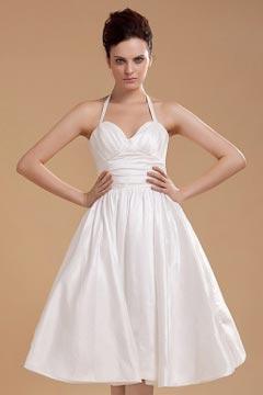 Robe de mariée simple à bretelle autour du cou en taffetas