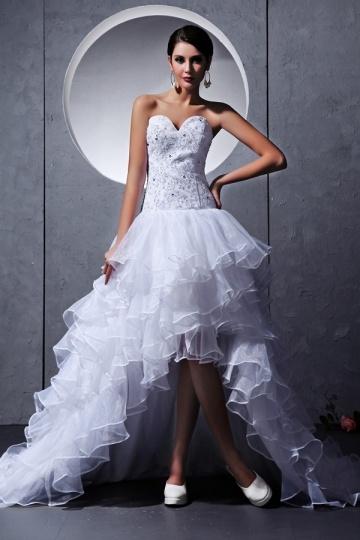 Vestido de noiva bustiê coração decorado de jóias tomara que caia