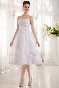 Vestido de noiva bustiê coração decorado de flores em Tule