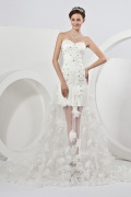 Tulle Sweetheart Applique Beading Tiers High Low Wedding Dress