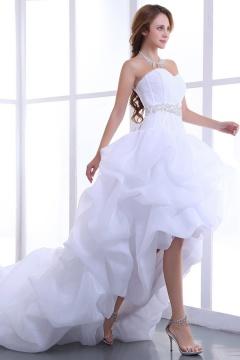 Ärmelloses Perlen High Low Organza Hochzeitskleid mit Schnürung