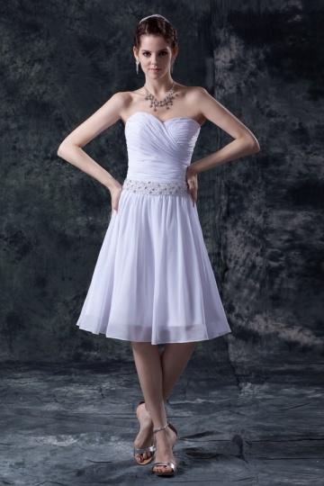 Vestido branco bustiê coração pregueado curto