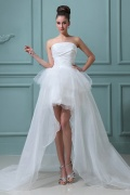 Schönes High Low Perlen Applikation Organza Brautkleid