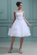 Simple Organza Strapless Flowers Short Homecoming Gown