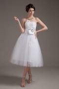 Tulle Floral Sewing Beads Handcraft Flowers Tea Length Wedding Dress