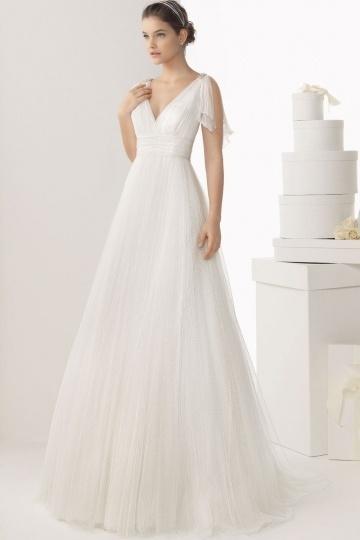 Schönes langes weißes Brautkleider