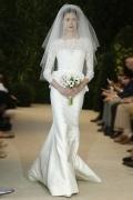 2016 Modisches Meerjungfrau Ivory Brautkleider mit Ärmeln aus Satin